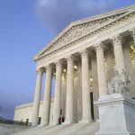 憲法第二修正案槍管爭議 保守派大法官擬擴大擁槍權利