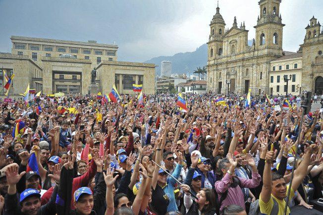 委內瑞拉空軍將領倒戈 承認瓜伊多為臨時總統