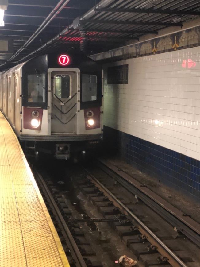 周末紐約地鐵有變動(本報檔案照)。