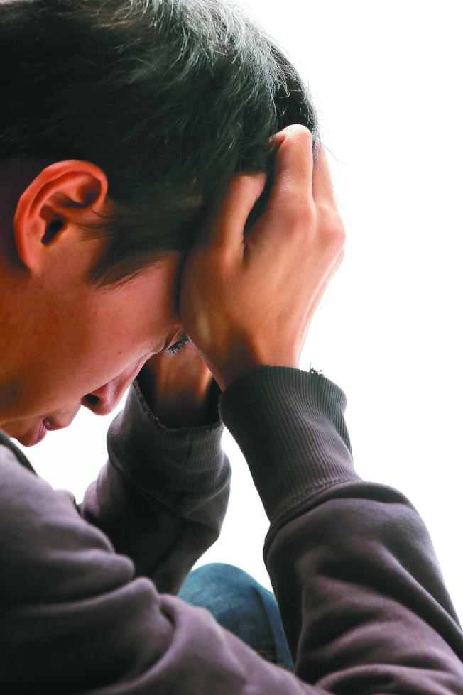 香藥草茶飲緩頭痛。(本報資料照片)