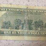 百元假鈔買14元便當 法拉盛2小吃店 驗鈔筆沒驗出