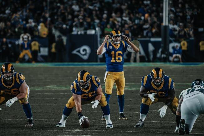 NFL橄榄球比赛。(Hallie提供)