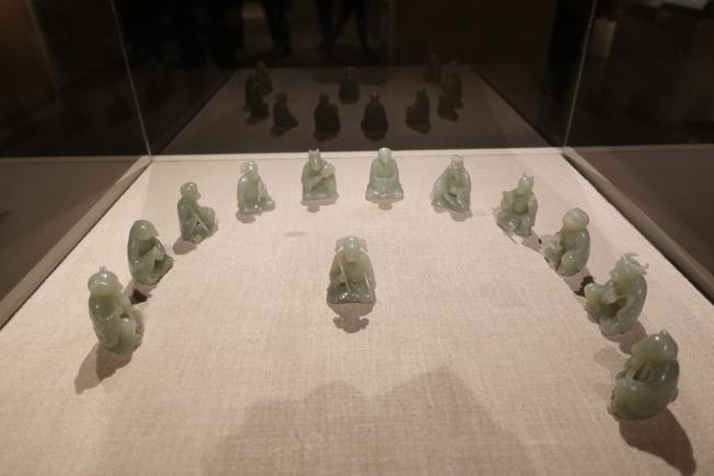 清朝的玉質十二生肖俑。(記者金春香/攝影)
