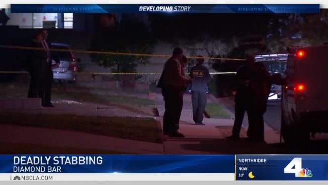 嫌犯嗑藥後駕車,10日凌晨衝進富樂頓市中心的人群,造成九名行人受傷的案發現場。(電視新聞截圖)