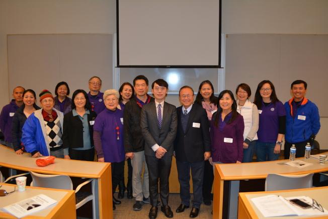 南加州中文學校聯合會舉辦2019春季教學研討會,圖為部分與會教師合影。(記者啟鉻/攝影)