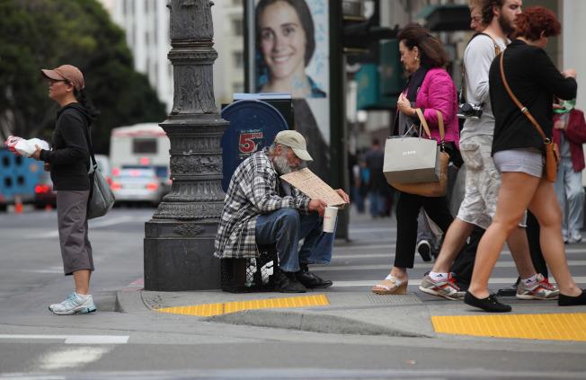 紐約最大的扶貧組織「羅賓漢」將幫助灣區解決貧富不均的問題。(Getty Images)