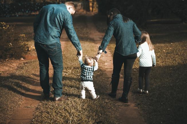減稅法案對有孩子的家庭有好處。(Pexels)