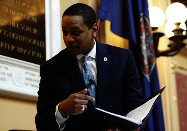 維州副州長法克斯遭兩名婦女實名指控性侵,但拒不下台,11日恐遭維州議會提案彈劾。(美聯社)