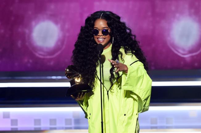 本名威爾森的H.E.R.獲得本屆葛萊美最佳節奏藍調專輯和最佳節奏藍調表演兩項大獎。(Getty Images)