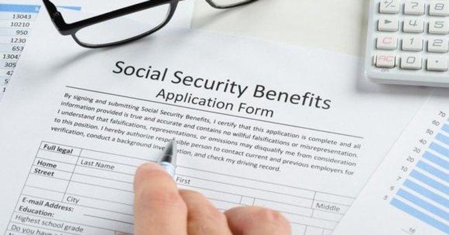 社會安全仍是美國最成功、最有效和最受歡迎的計畫之一。對低收入及較少機會儲蓄和賺取養老金的族群來說,是一個特別重要的收入來源。(取自推特)