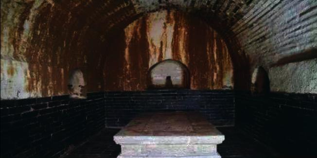 懷慶公主墓中發現兩具貓骨,圖為墓後室。(揚子晚報微博照片)
