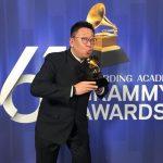 男低音吳蔚 以「喬伯斯之進化革命」贏得葛萊美獎