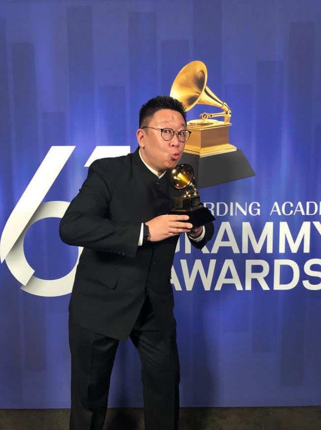 吳蔚在獲獎第一時間,在臉書發文宣布好消息。(吳蔚臉書)