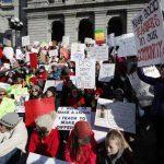 勞資談判無果 丹佛教師25年來首度罷工