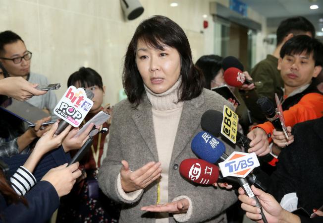 華航機師罷工進入第五天,機師工會常務理事陳蓓蓓表示,華航資方一直沒有提出對案,反而是機師工會一直讓步,呼籲資方與官方拿出對案,才能繼續進行對談。記者余承翰/攝影