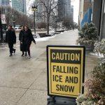「注意落冰」 芝加哥冬季特殊景觀