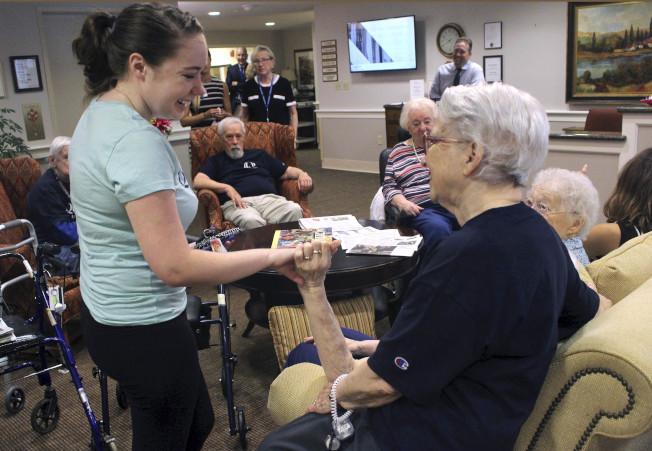 在美國要舒適退休,存款至少要100萬元才夠。,圖為康州退休社區。(美聯社)