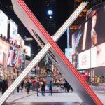 時報廣場大型裝置藝術 情人節「X」探索愛