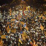 巴塞隆納20萬人上街 聲援「加獨」領袖