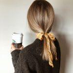 不只衰老會白頭!長期梳這3種髮型也易長白髮