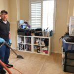 自己的未來自己顧  6旬翁洗地毯存老本