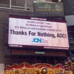 時報廣場廣告牌 責歐凱秀趕走亞馬遜 讓紐約失2.5萬工作、40億工資