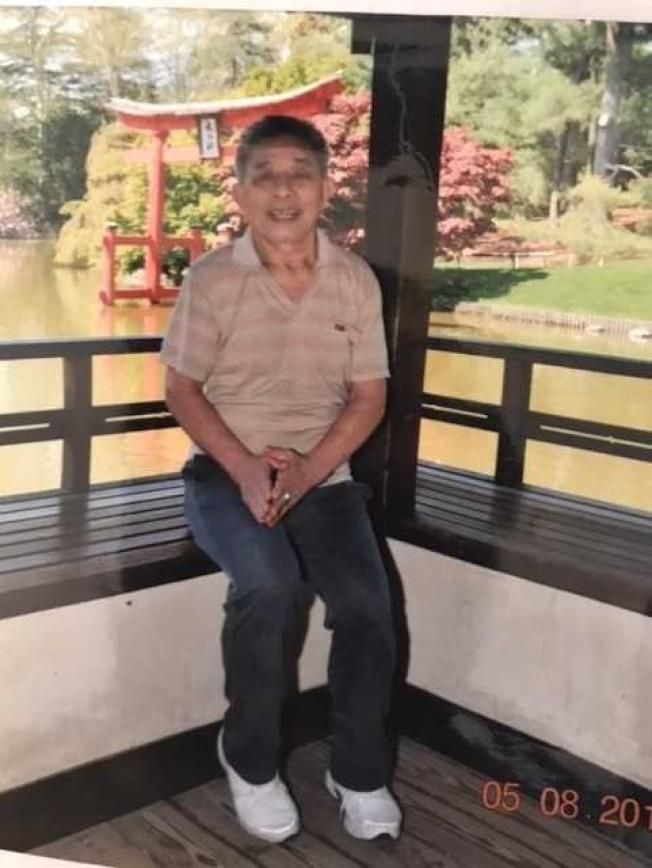 警方呼籲民眾協助找尋一名走失的76歲華裔男子。(市警提供)