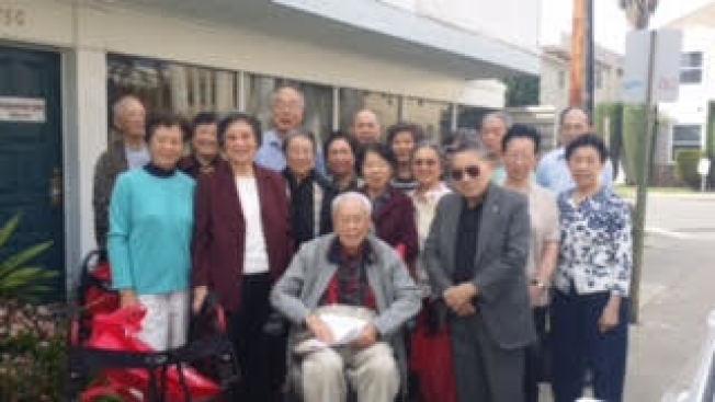 亞美老人服務中心耆老就業培訓計畫學員。(亞美老人中心提供)