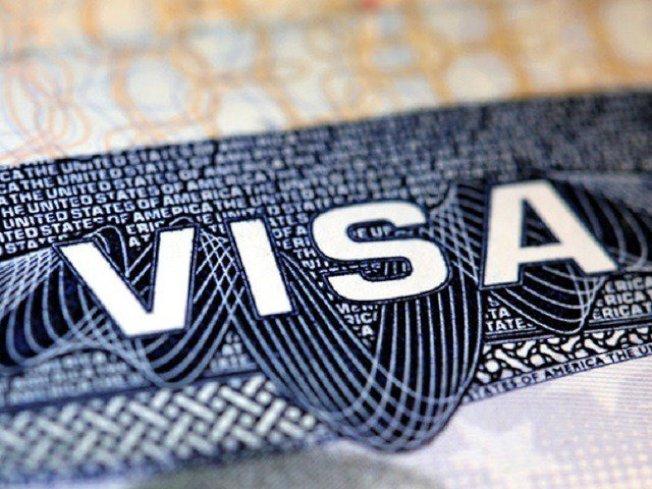 國土安全部正向管理和預算局 (OMB)提出擬議的法規,企圖禁止H-1B 簽證持有人的配偶工作。( 取自推特)