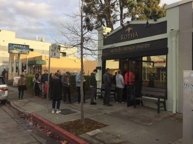 東灣阿爾巴尼新開張的Patisserie Rotha麵包店供不應求,每日僅營業三小時。(取自臉書)