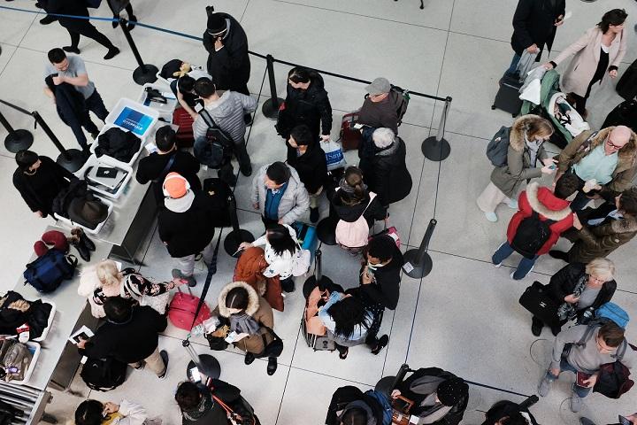 中國的非洲豬瘟疫情,是否會使海關對亞裔旅客「種族臉譜化」,加強檢查? (Getty Images)