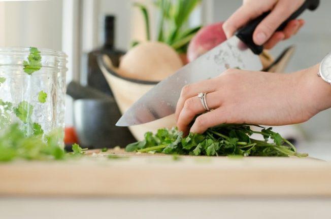 加州「家庭廚房」合法化 華人受益