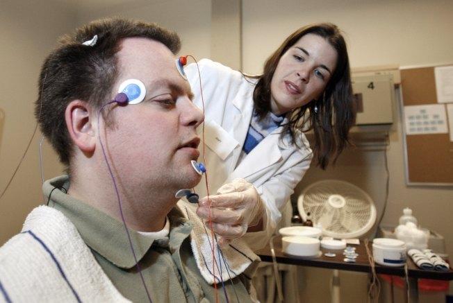 如果睡眠不足,應該看醫生。(Getty Images)
