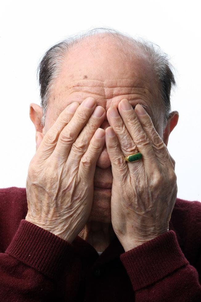 年紀大、老化是白內障最常見的原因。(本報資料照片)
