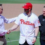 MLB/自願放棄逃脫條款 哈波想在費城人終老
