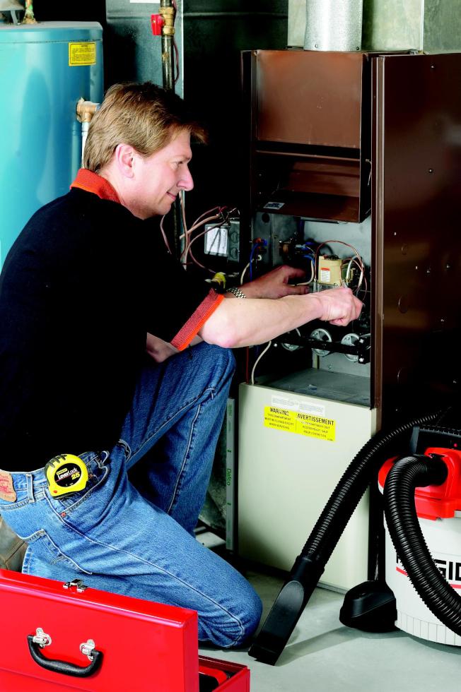 暖氣爐的年度檢查維護非常重要。(取自Home Depot)