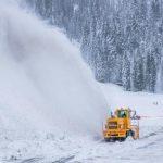 積雪50呎破紀錄 滑雪季延長至7月