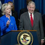 耆老被騙7.5億 前FBI局長險中招…司法部抓了600多人