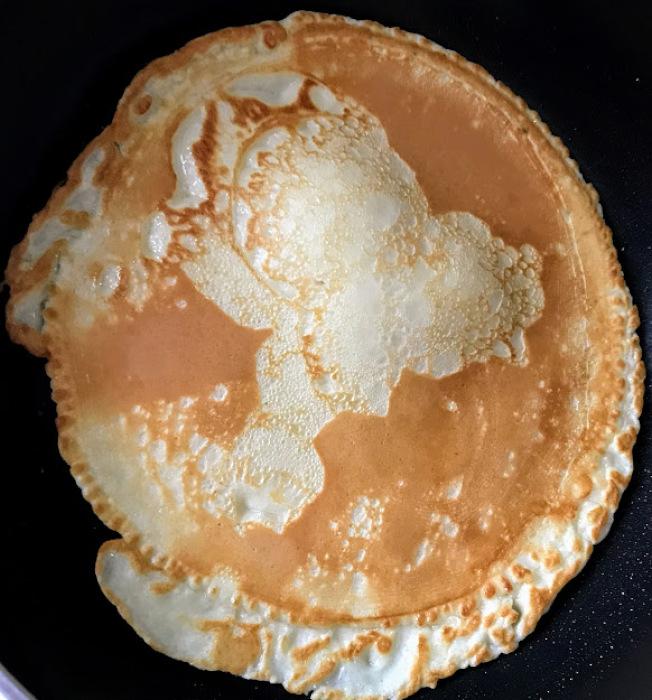 基本法式薄餅