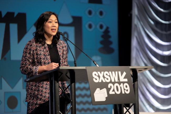 臉書創辦人查克柏格的妻子普莉西拉也在SXSW節上闡述「陳‧查克柏格計畫」的行動理念。(路透)