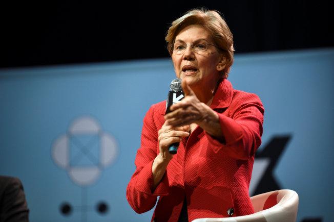 爭取民主黨總統提名的國會參議員華倫在SXSW節上,向南方和西南部選民講述她的政見。(路透)