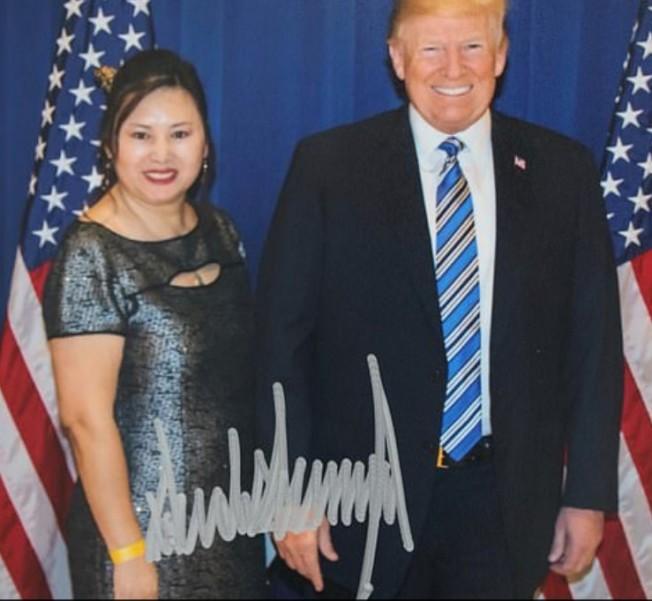 報導指,自川普當選總統後,楊莅(左)經常進出白宮與佛州海湖莊園。(取材自臉書)