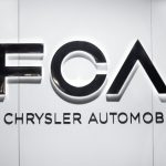 飛雅特克萊斯勒主動召回逾86萬輛車 股價下挫