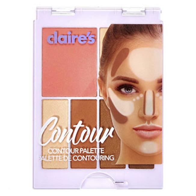 少女時尚用品連鎖店「Claires」宣布召回含有石綿的三種化妝品,圖為被召回的修容盤產品。(美聯社)