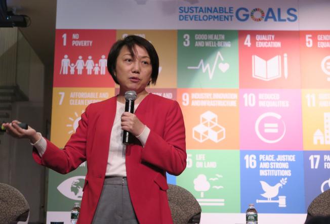 無任所大使范雲表示,台灣婦女運動把握民主化與全球化契機,20多年來成就斐然,有如一場無聲革命,可幫助全球創造一個多元又性別平等的美好世界。中央社