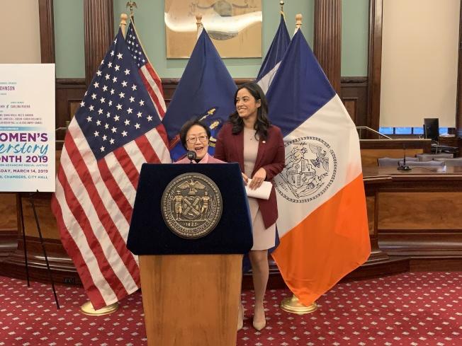 陳倩雯表示,四位傑出女性的故事是推動紐約市推進兩性平等的的動力。(記者和釗宇/攝影)