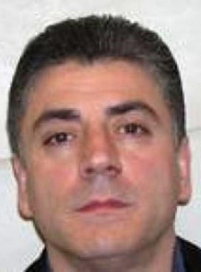 紐約黑手黨甘比諾家族頭目卡里在史泰登島自家門前被暗殺,圖為卡里。(取自英國每日郵報)