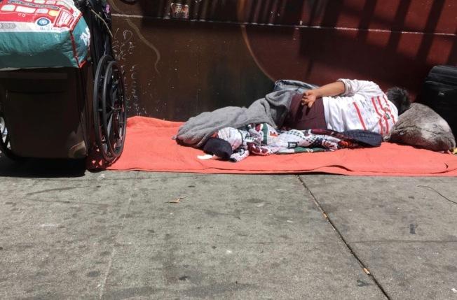 舊金山的遊民學生人數達上千人。住校過夜項目是否成功仍然有待觀察。(記者李晗╱ 攝影)