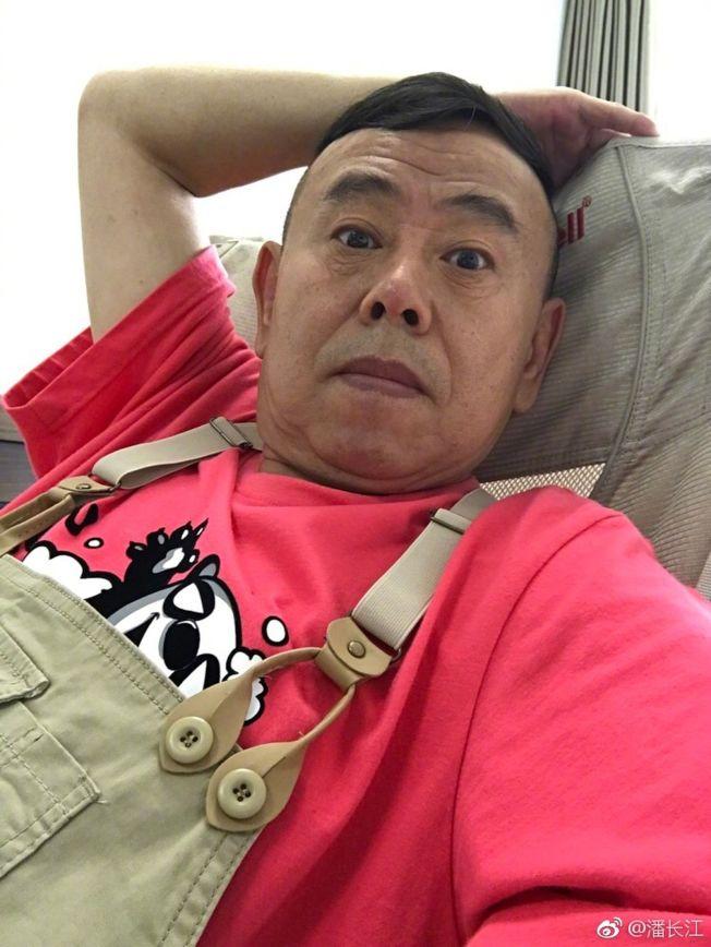 潘長江(圖)因為不認識蔡徐坤,遭到粉絲圍攻。(取材自微博)