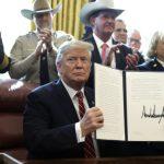 川普「牆」硬 首度動用否決權 推翻國會決議案